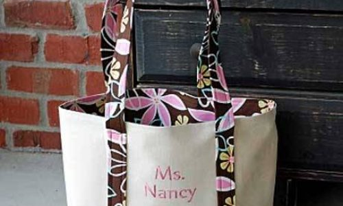 Embroidered Tote Bag – Free Sewing Tutorial