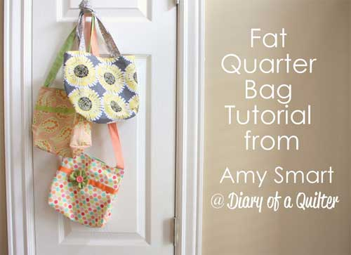 These quick and easy tote bags can be made from a fat quarter of fabric
