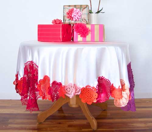 Free Sewing Tutorial - Colorful Crochet Tablecloth