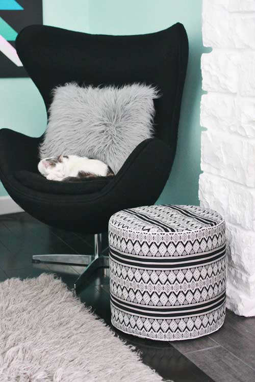 Free Sewing Pattern and Tutorial - Drum Floor Pouf