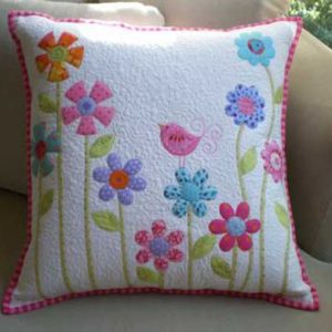 Flower Garden Pillow – Free Quilting Tutorial