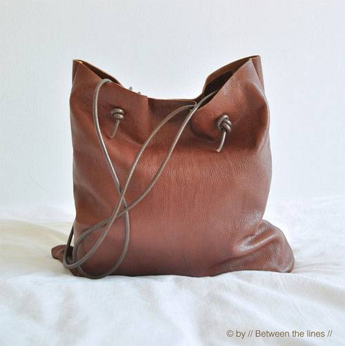 Simple Leather Bag Free Sewing Pattern