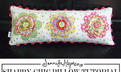 Shabby Chic Flower Pillow – Free Sewing Tutorial
