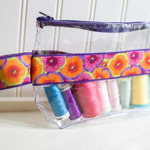 This vinyl zipper pouch is perfect for storing your small sewing tools and notions, or even small sewing projects.
