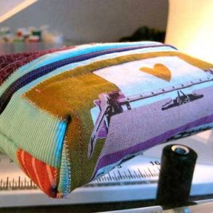 Zippered Pouch – Free Sewing Tutorial