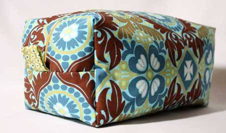 Free Bag Pattern - Cosmetic Bag