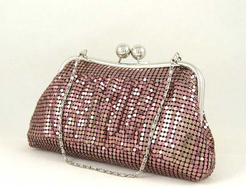 Free Bag Pattern and Tutorial - Paillette Evening Bag