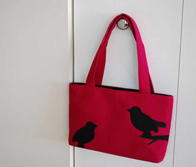 Baby Bird Silhouette Applique Handbag - Free Sewing Tutorial by Merriment Design