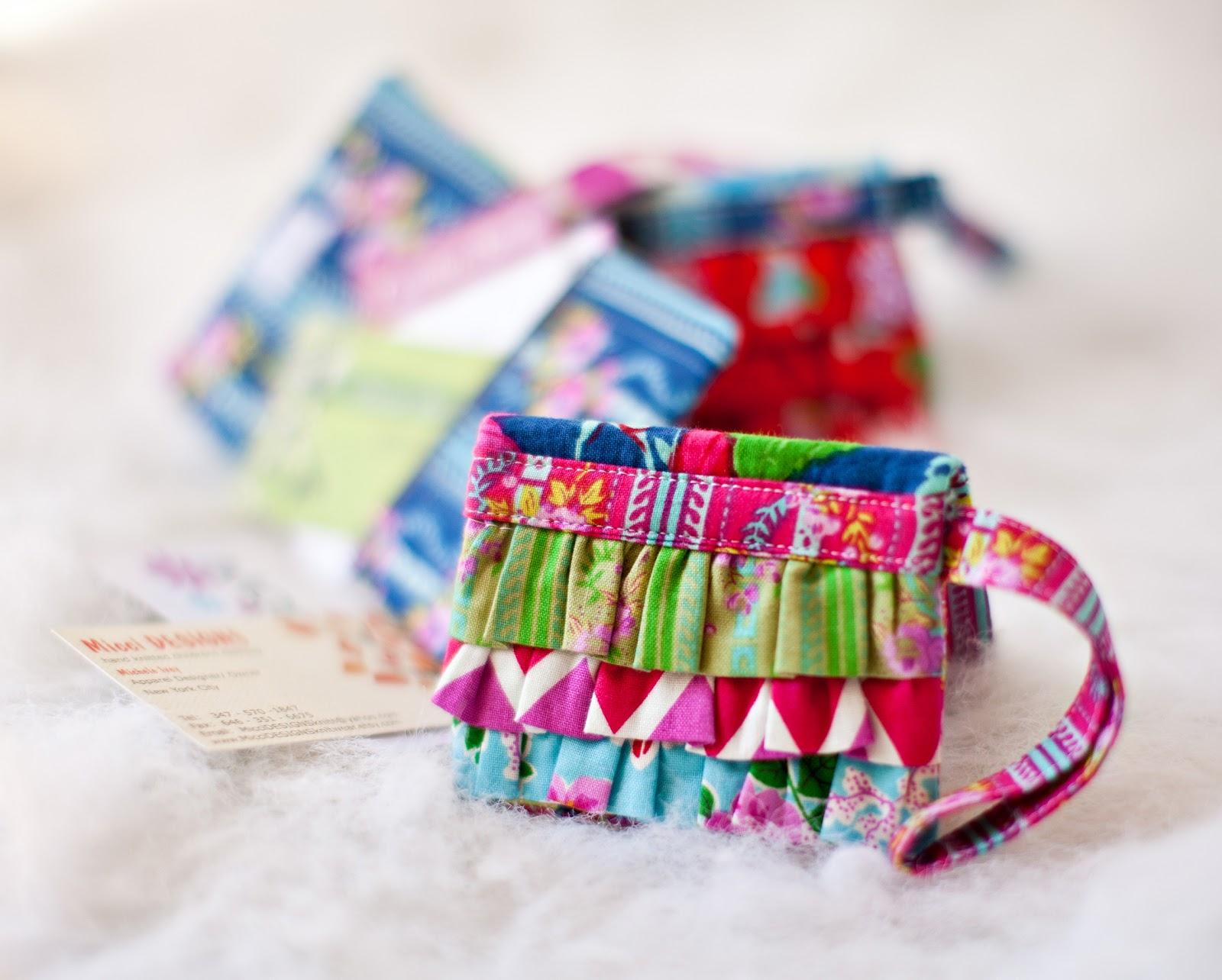 Free Purse Pattern and Tutorial - Ruffled Mini Wallet