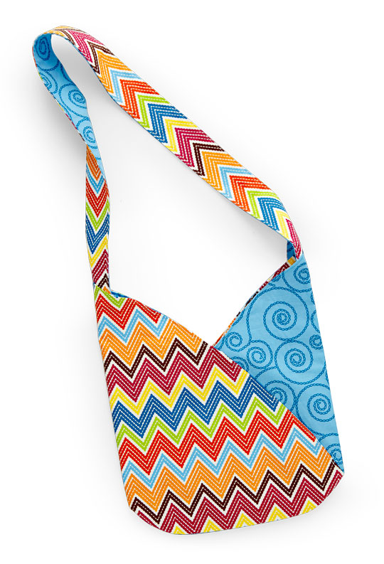 Free Bag Pattern and Tutorial - Bright Chevron Bag