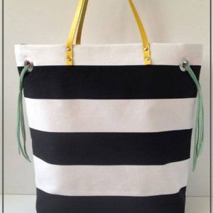 Stripes + Color Tote – Free Sewing Tutorial