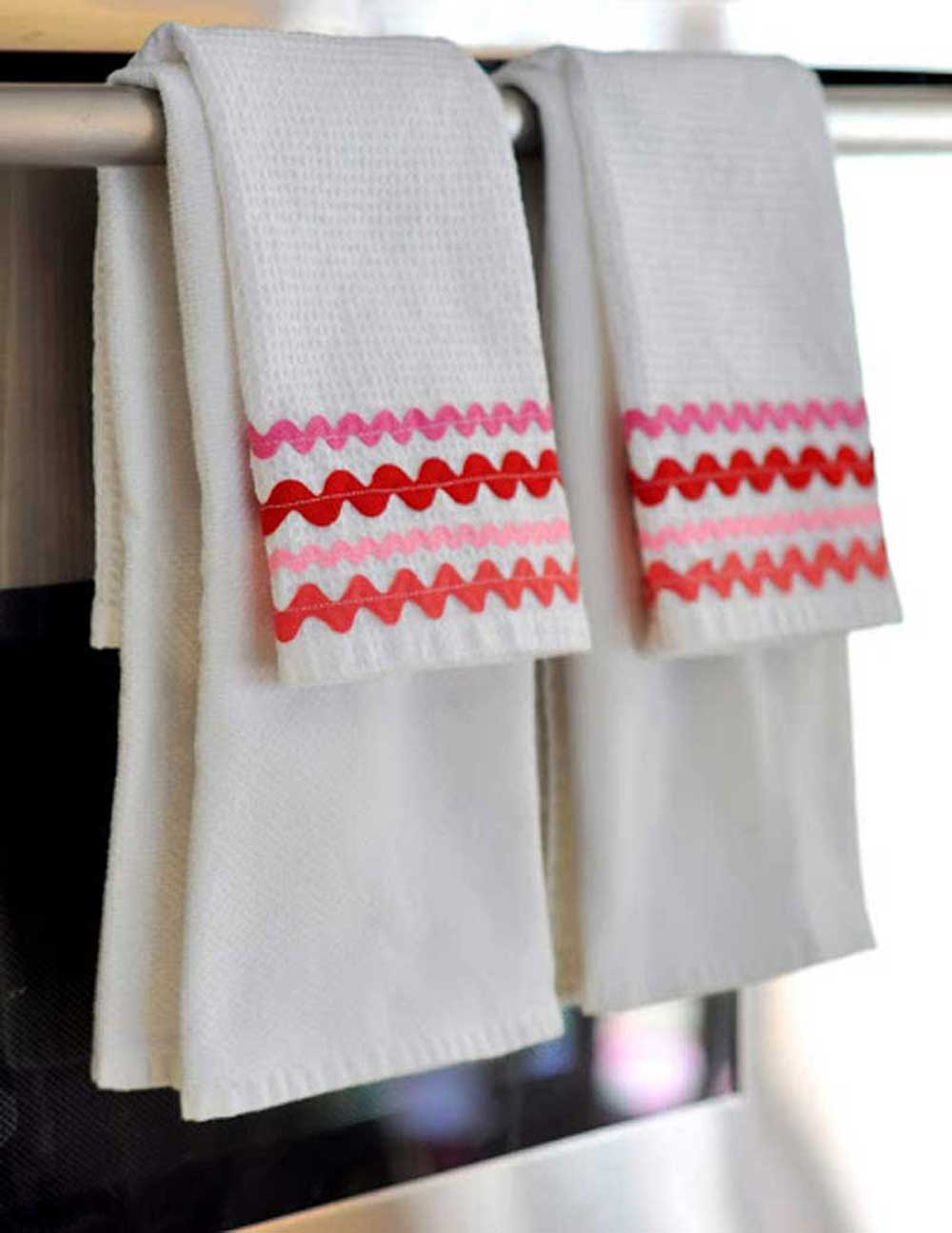 Free Sewing Pattern and Tutorial - Rick Rack Dish Towels