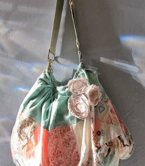 Skirt to Purse – Free Upcycled Sewing Tutorial
