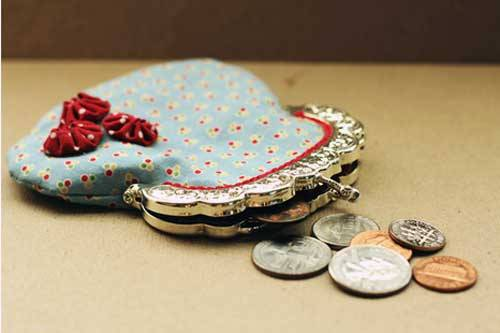 Free Purse Pattern and Tutorial - Vintage Coin Purse