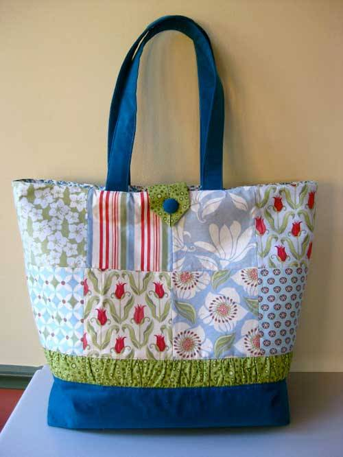This patchwork tote bag is fun and easy to make using your favorite charm pack.