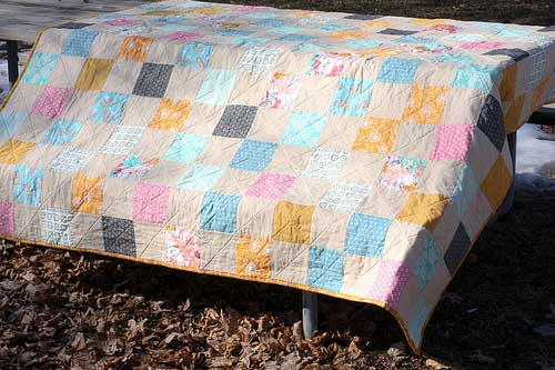 Free Quilt Pattern and Tutorial - Patchwork Picnic Quilt