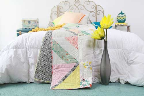Happy Crossings Quilt - Free Quilt Pattern