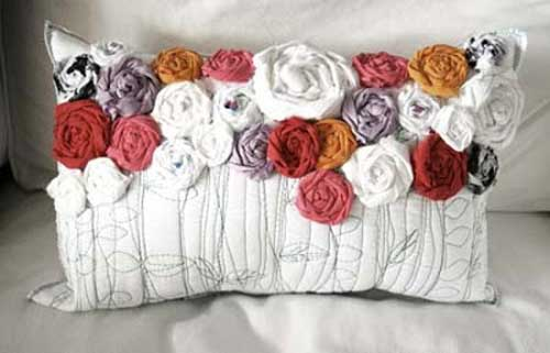 recycled-roses-pillows