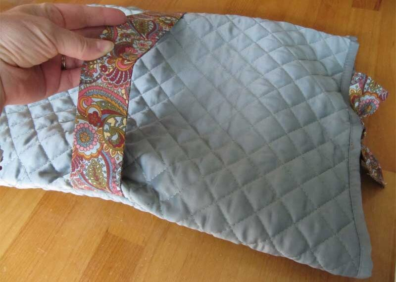 Placemat Casserole Carrier – Free Sewing Tutorial