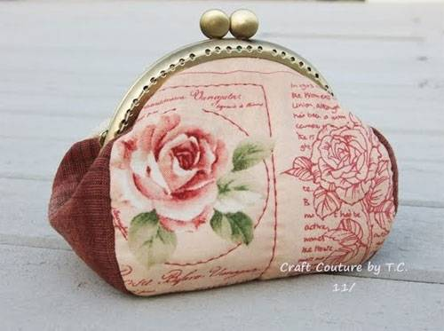 Vintage Rose Frame Purse - Free Sewing Pattern by Craft Couture by TC