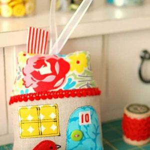 Fabric House Ornament – Free Sewing Pattern