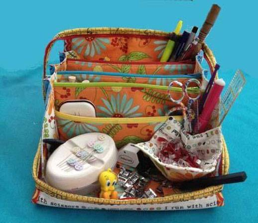 This small, compact bag is perfect for storing and organizing your sewing notions whether at home or for going to classes.