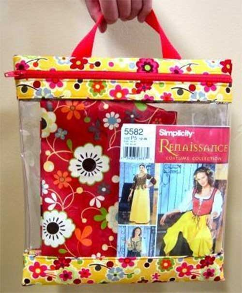This is the perfect bag to keep your sewing projects neat and organized;