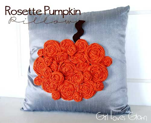 This cute pillow is a quick and easy project and perfect for beginners.