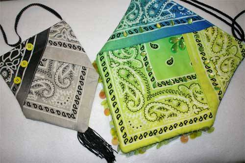 Bandana Snap Bag - Free Sewing Tutorial by Buzzing and Bumbling.