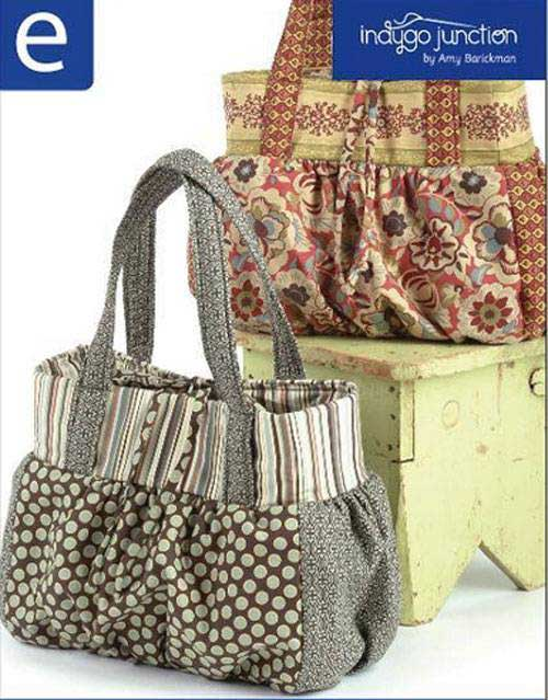 This large and roomy shoulder bag makes for a great tote or a stylish everyday purse.