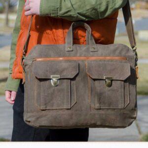 Ravenwood Messenger Bag