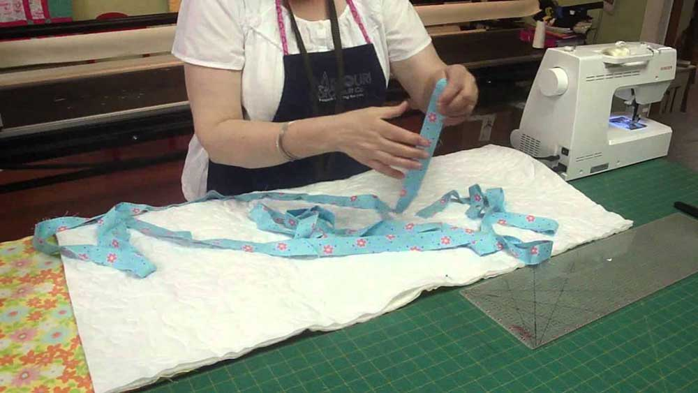 How To Bind a Quilt on a Sewing Machine