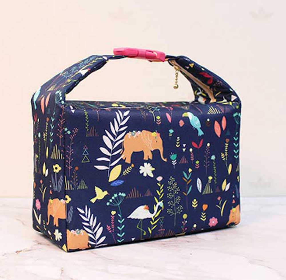 Insulated Fabric Lunch Bag - Free Sewing Pattern